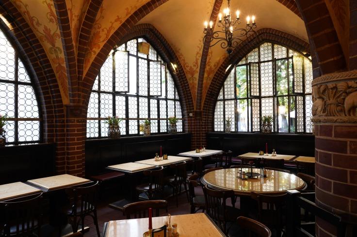 Inside Zur Gerichtslaube